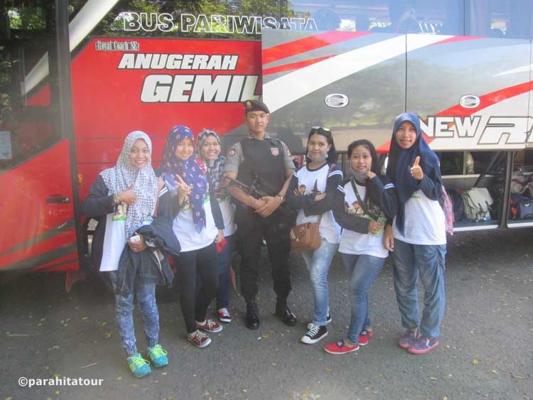 Parahita Tour Customer